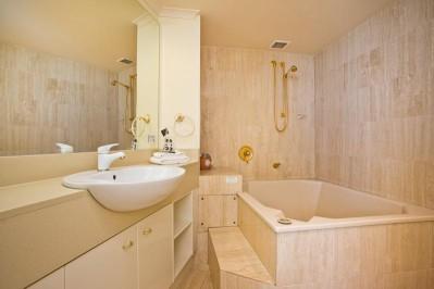 2 Bedroom 2 Bathroom Apartment 3 Nights