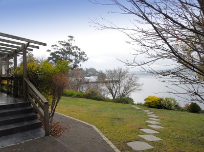 Waterside Accommodation Hobart