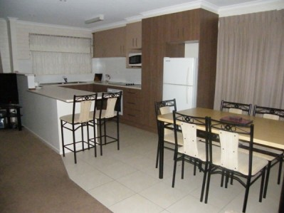3 BR Premium Apartment - Min 7 Nights